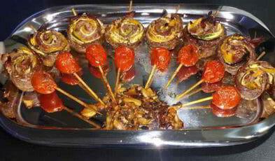 involtini di carne con prosciutto crudo, formaggio, zucchine e peperoni ottimizzato web