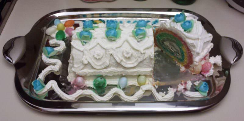 RAINBOW CAKE, RICETTA RAINBOW CAKE ROLL ARCOBALENO