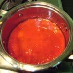 passata di pomodoro per la ricetta parmigiana di melanzane vegetariana