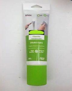 stucco elastico per crepe nei muri