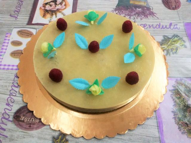Torta di compleanno proteica low carb