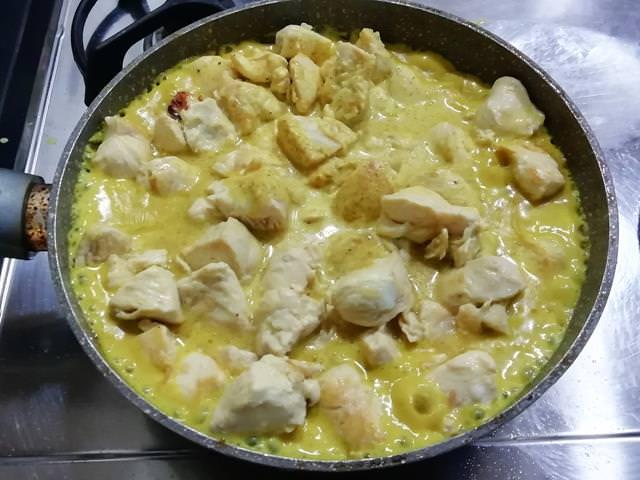 straccetti di pollo al curry