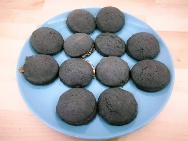 biscotti ripieni di mandorle