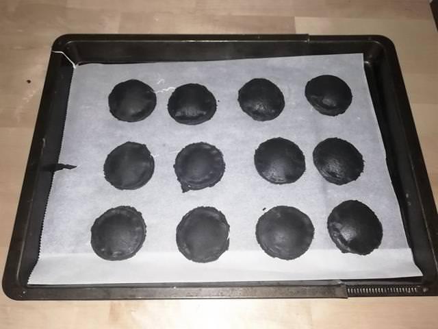 biscotti ripieni pronti da infornare