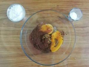 preparazione della torta tiramisu di estroso