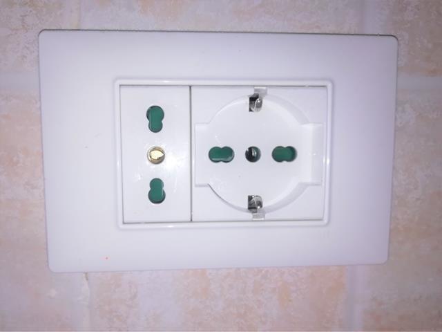 Prese elettriche e spine elettriche come scegliere