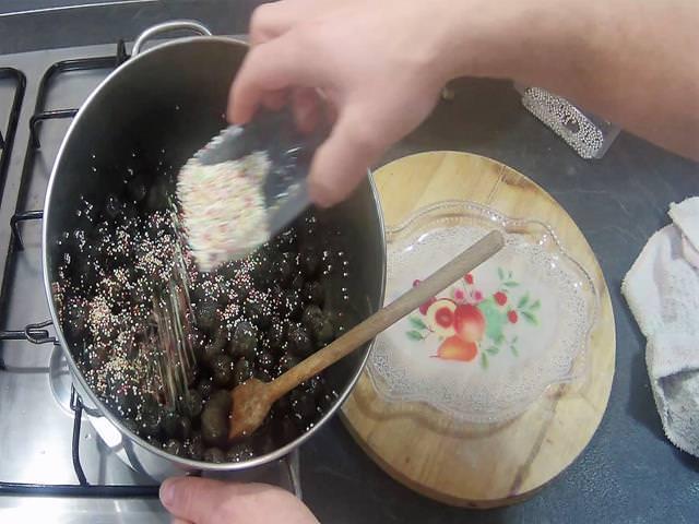 ricetta struffoli napoletani